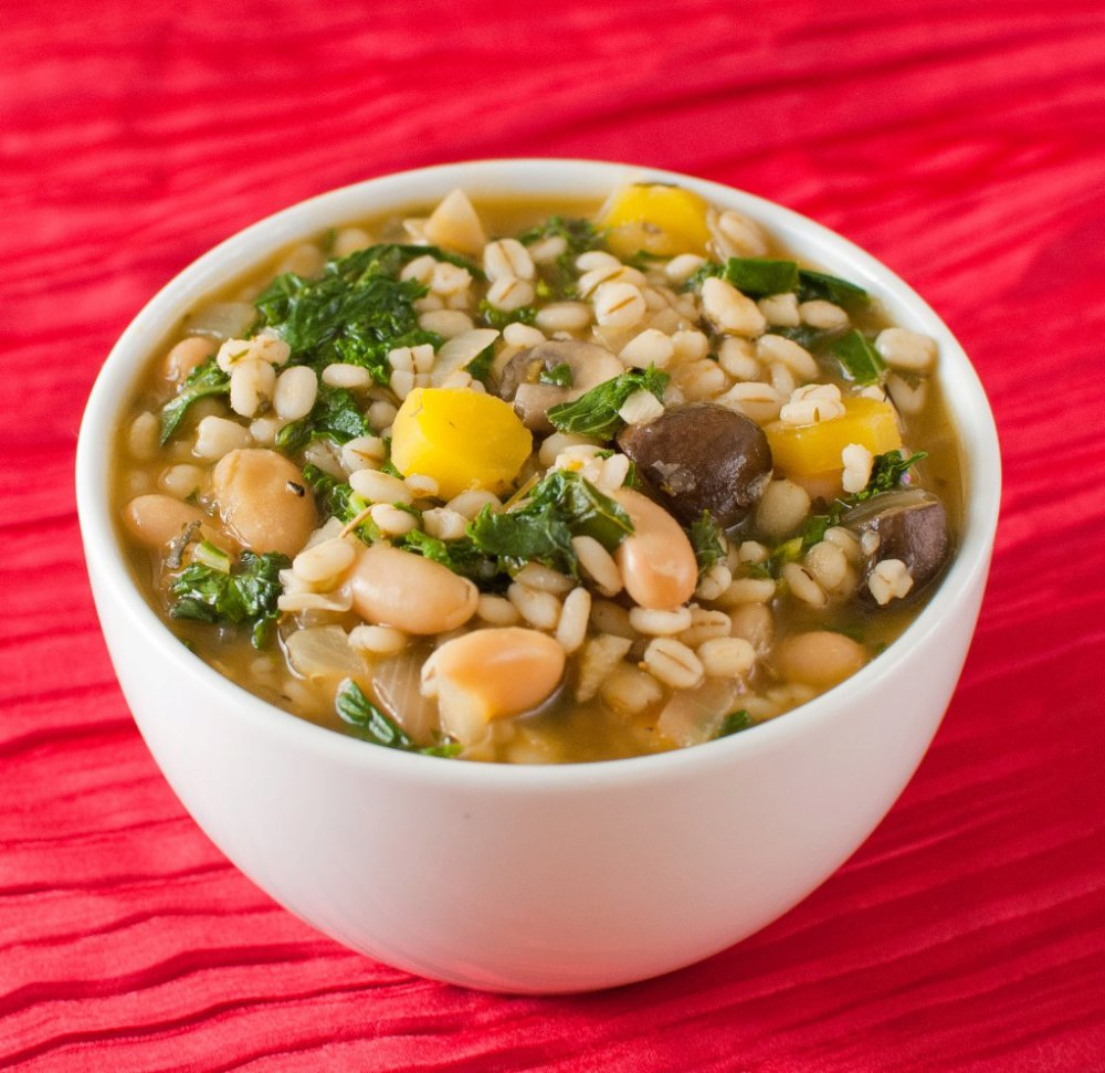 Vegetable Barley Soup with White Beans